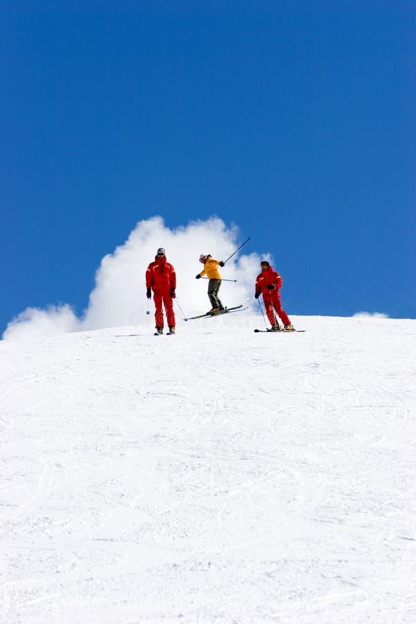 Cuestas del esquí de la estación de esquí de Pradollano en España imagen de archivo