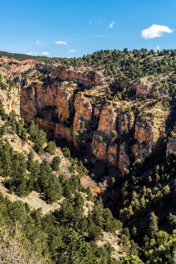 Cueva de las opiniones del barranco del camino de los vientos foto de archivo