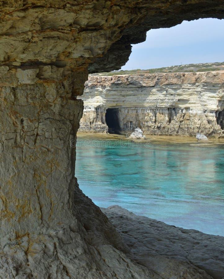 Cueva del mar foto de archivo libre de regalías