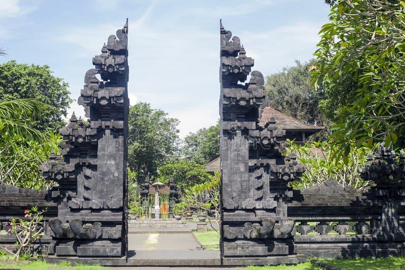 Cueva en Bali, Indonesia de Pura Goa Lawah Temple Bat fotografía de archivo