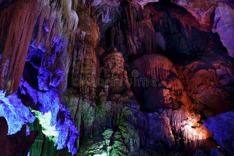 Cueva interior de Thien Cung en la explosión de Phong Nha KE imagenes de archivo