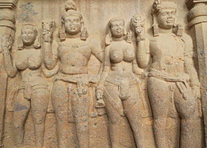 Cuevas de Kanheri de las tallas de la roca imagenes de archivo
