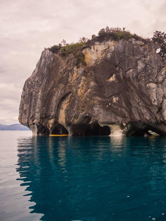 Cuevas de mármol únicas Capillas del Marmol El lago general Carrera también llamó a Lago Buenos Aires Al norte de Patagonia chile imágenes de archivo libres de regalías