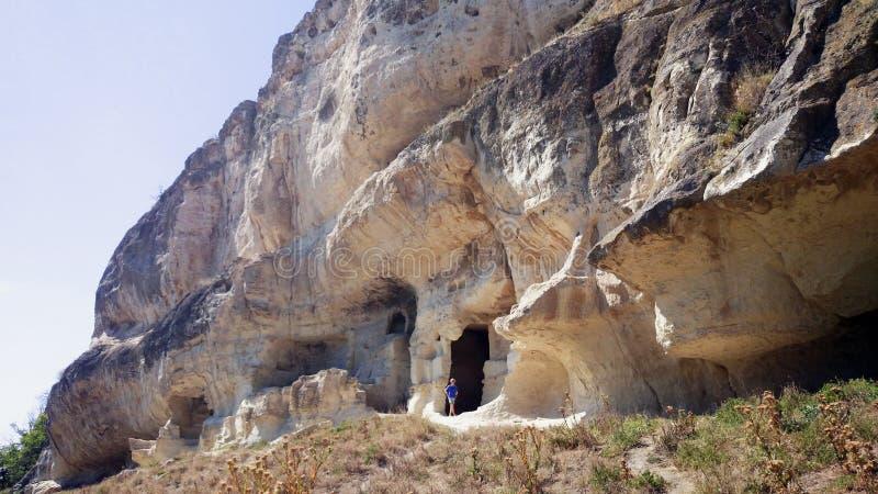 Cuevas en la roca imagen de archivo libre de regalías