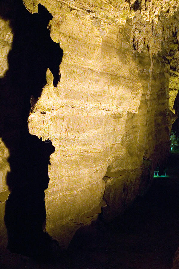 Cuevas encendidas que se asemejan al continente de África en la cuna de la humanidad, un sitio del patrimonio mundial en Gauteng  imagen de archivo
