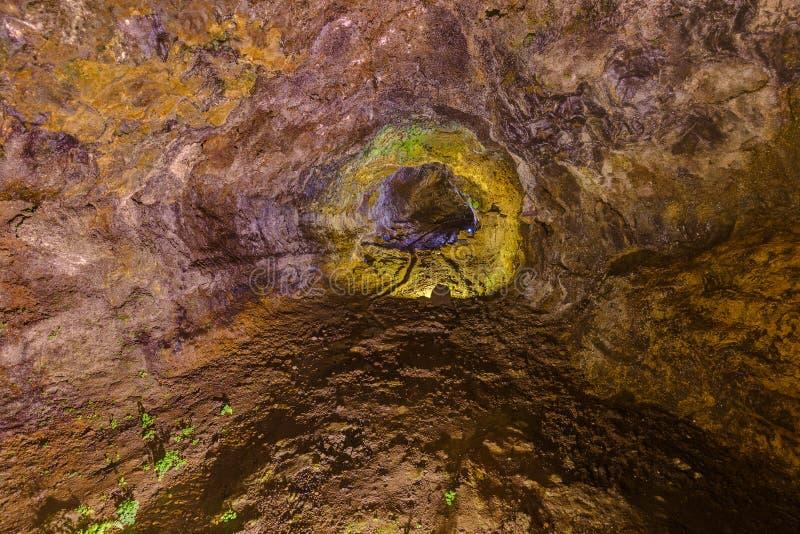 Cuevas volcánicas en el sao Vicente - Madeira Portugal imágenes de archivo libres de regalías