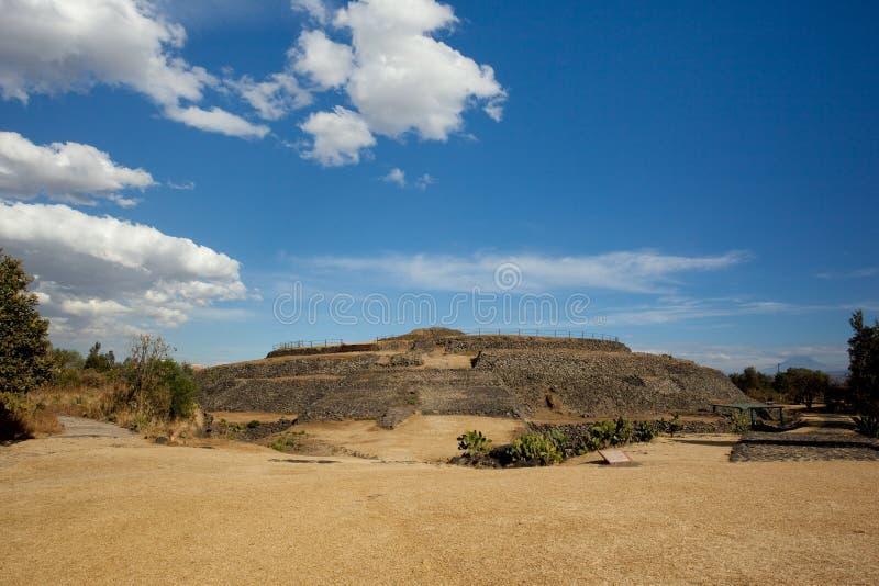 Cuicuilco Pyramide lizenzfreie stockfotos