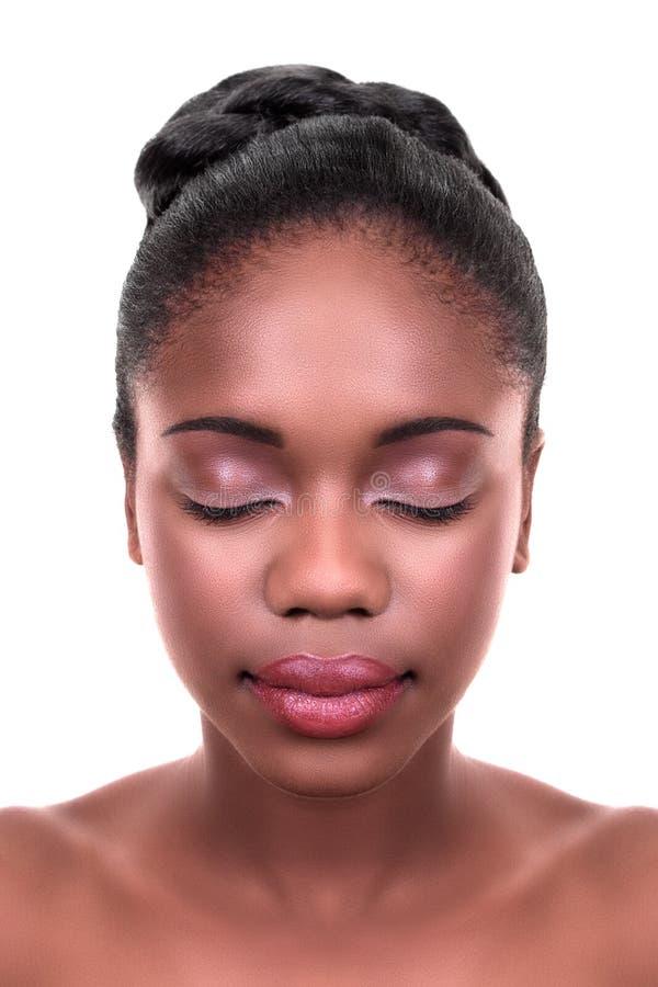 Cuidado de piel africano de la mujer imágenes de archivo libres de regalías