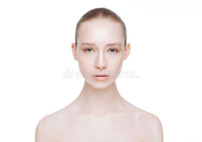 Cuidados com a pele naturais dos termas da composição da menina bonita da mulher fotos de stock