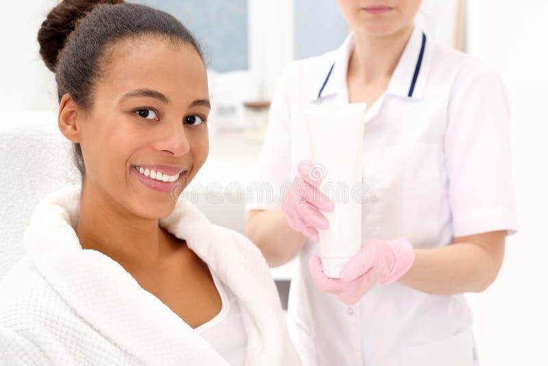 Cuidados com a pele profissionais imagem de stock
