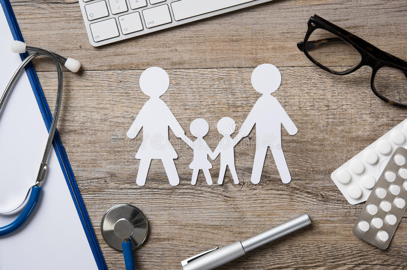 Cuidados médicos da família fotos de stock