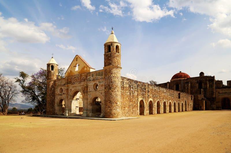 Cuilapan,瓦哈卡,墨西哥历史大教堂  库存照片