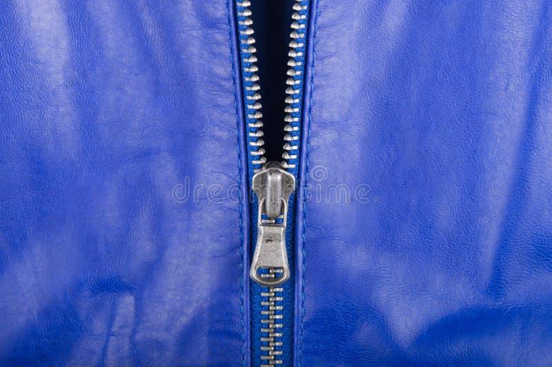 Cuir et tirette bleus de verrouillage photos stock