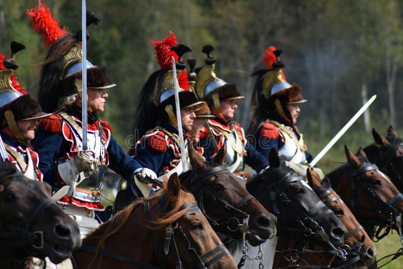 Cuirassiers de Reenactors à la reconstitution historique de bataille de Borodino en Russie photo libre de droits