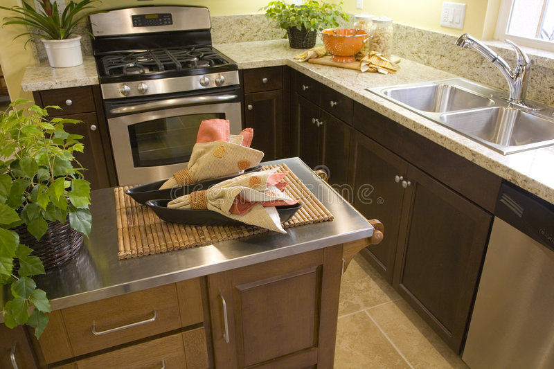Cuisine à la maison de luxe. photos stock