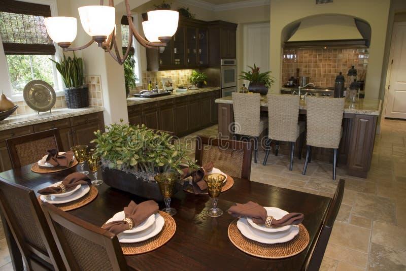 Cuisine à la maison de luxe image stock