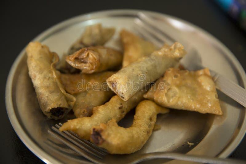Cuisine asiatique cuite à la friteuse photographie stock libre de droits