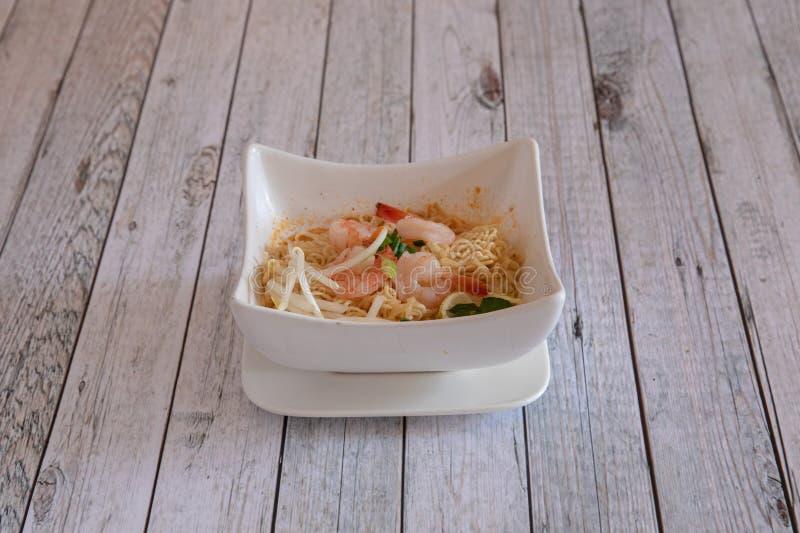 Cuisine asiatique et tha?landaise photographie stock