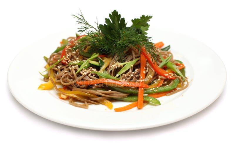 Cuisine asiatique - nouilles d'udon images stock