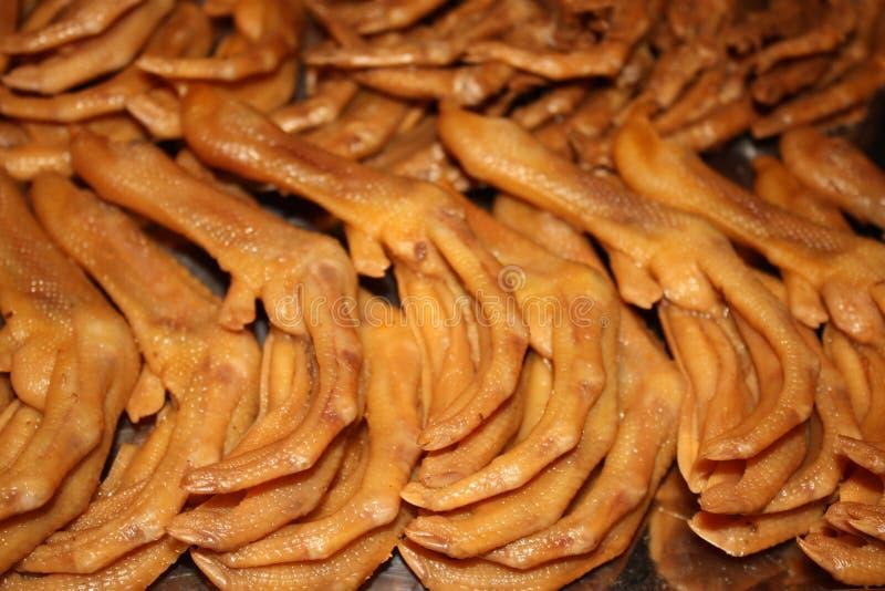 Cuisine chinoise - pieds de poulet photo libre de droits