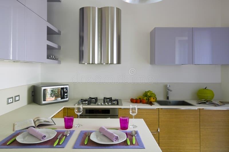 Cuisine colorée moderne image stock. Image du cuisine - 18120185