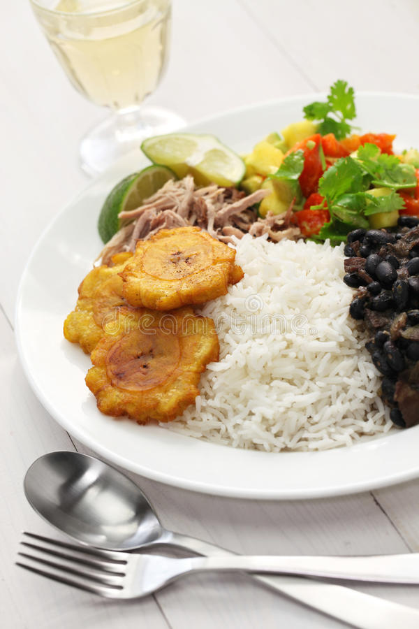 Cuisine cubaine, negros de frijoles d'escroquerie d'arroz image libre de droits