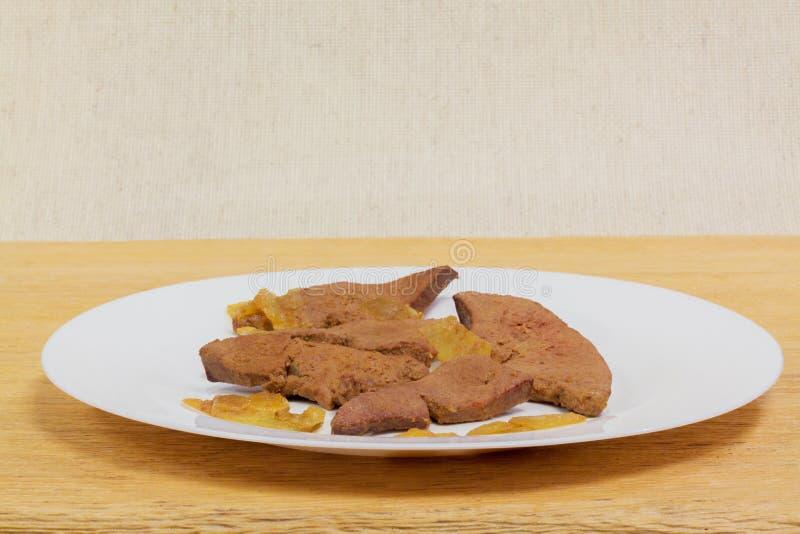 Cuisine familiale de foie de porc image stock