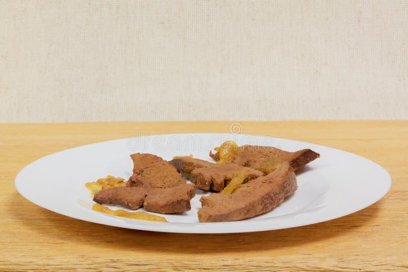 Cuisine familiale de foie de porc photographie stock libre de droits