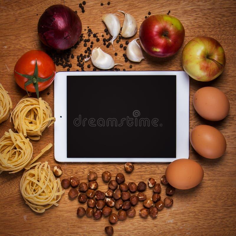 Cuisine Tablette et nourriture photo libre de droits
