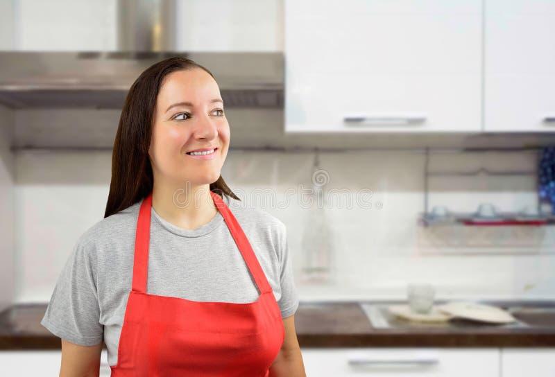 Cuisinier féminin regardant obliquement images stock