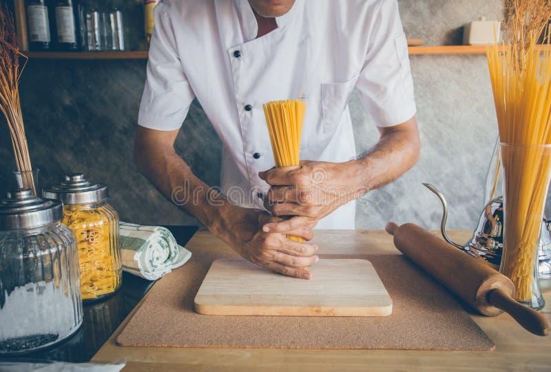 Cuisson de la cuisine photo libre de droits