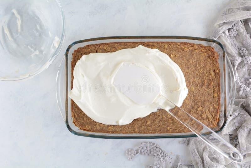 Cukier Uwalnia Zero M?drze punkt?w Domowej roboty Zdrowych tort?w Z owies skorupy i grka jogurtu polew? obrazy royalty free