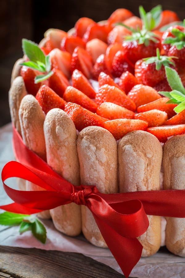 Cukierki tort robić świeże owoc i galareta fotografia royalty free