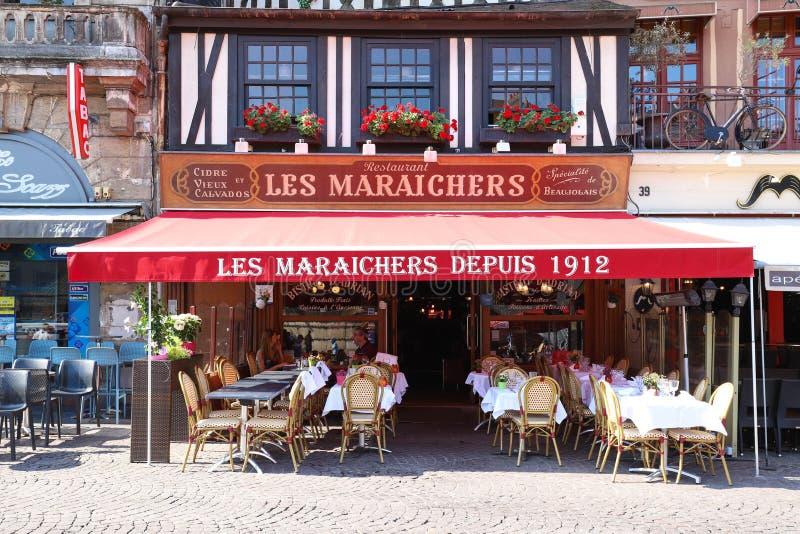Cukierniany Les Maraichers lokalizować przy Vieux Marche kwadratem w Rouen, kapitał Normandy, Francja zdjęcia royalty free