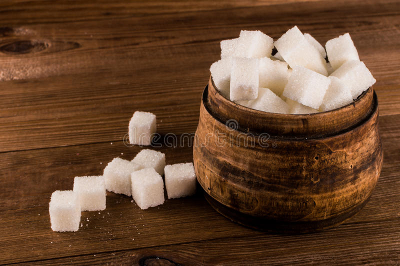Cukrzyce Mnóstwo cukrowi sześciany w słoju obraz royalty free