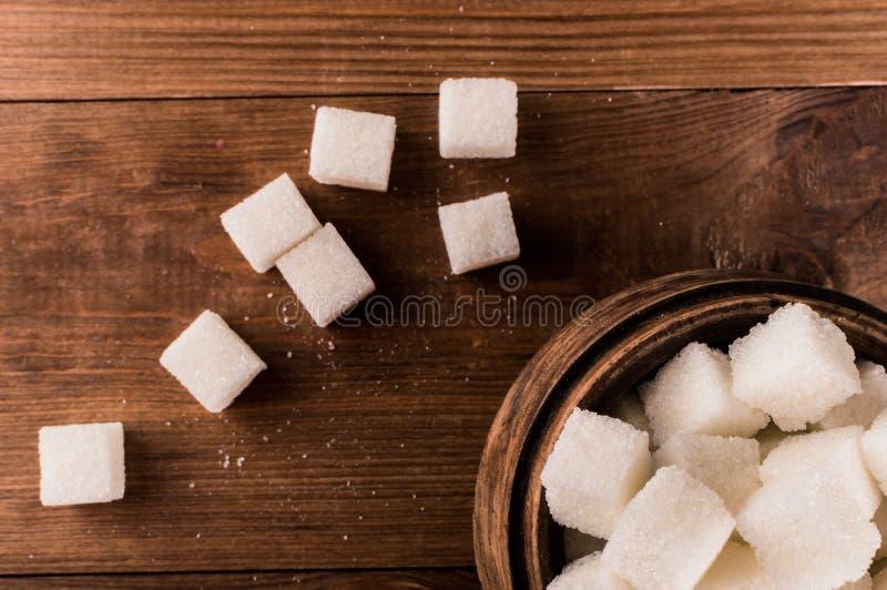 Cukrzyce Mnóstwo cukrowi sześciany w słoju obraz stock