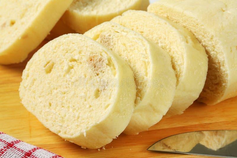 Culinária checa - bolinhas de massa aumentadas do pão foto de stock