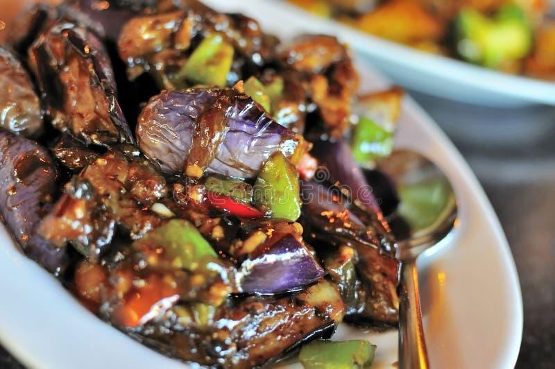 Culinária picante chinesa da beringela imagens de stock royalty free