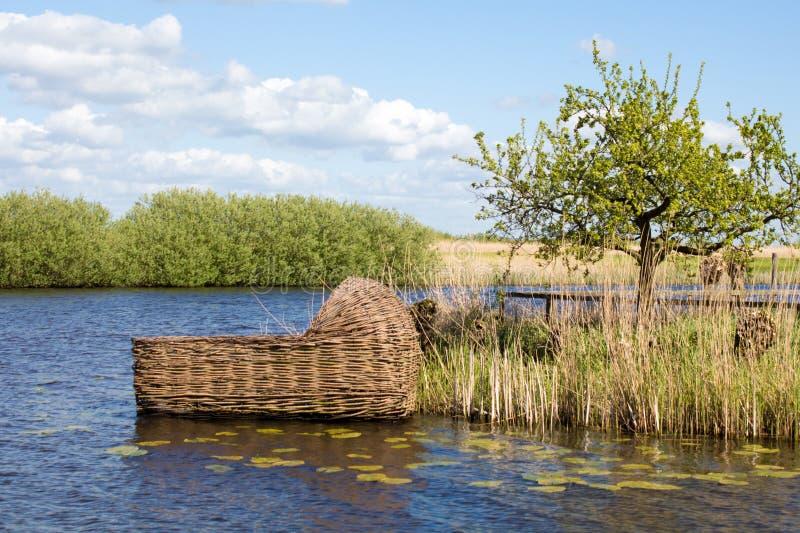 Culla gigante in Kinderdijk, Olanda immagini stock libere da diritti