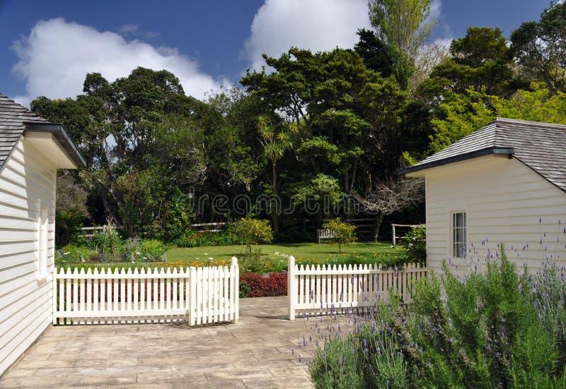 Cultive un huerto en la casa de James Busby, argumentos del tratado, Waitangi imagenes de archivo