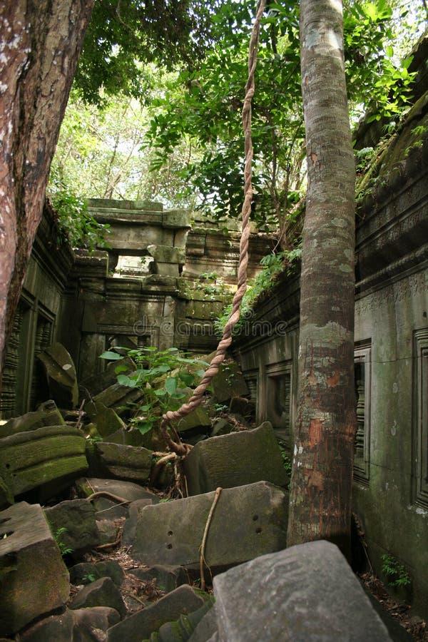 Cultura antiga do monumento do império do Khmer foto de stock