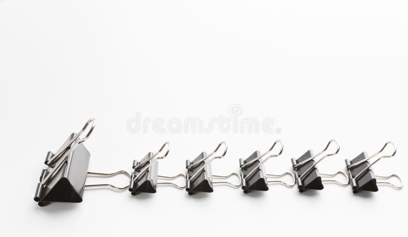 Cultura aziendale e disciplina illustrate dagli oggetti dell'ufficio nell'ordine rigoroso fotografia stock
