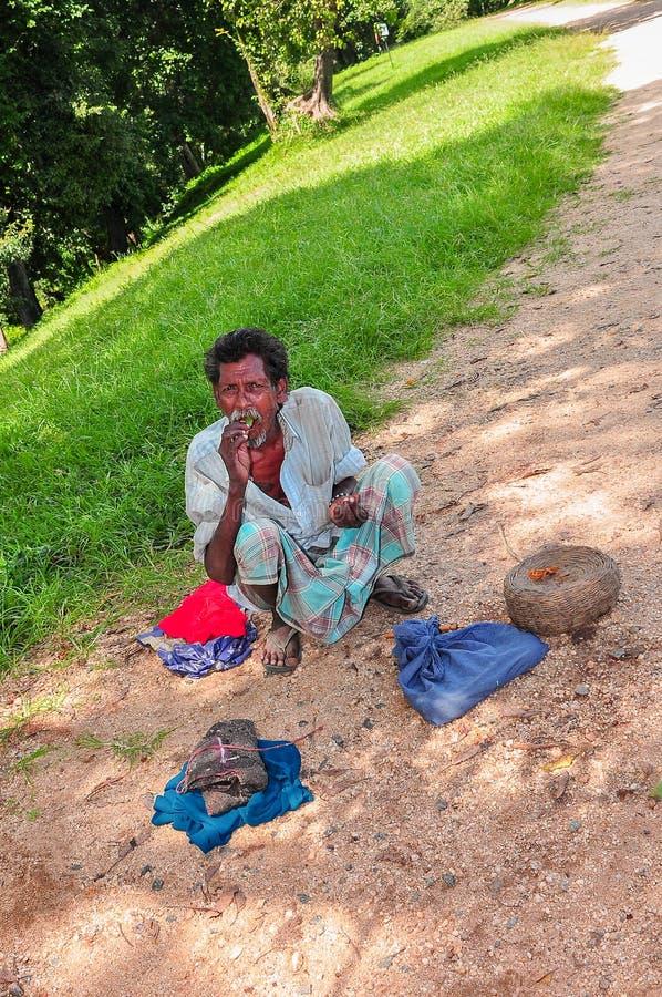 Cultura cingalesa de povos cingaleses tradicionais fotografia de stock