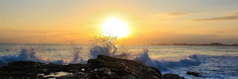Culture d'éclaboussure de lever de soleil images stock