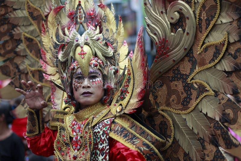 Culturele Carnaval-Deelnemers die Eagle Costumes dragen royalty-vrije stock afbeelding