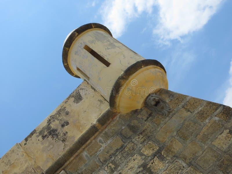 Cumana wojskowego stary kasztel - wieża obserwacyjna obrazy royalty free