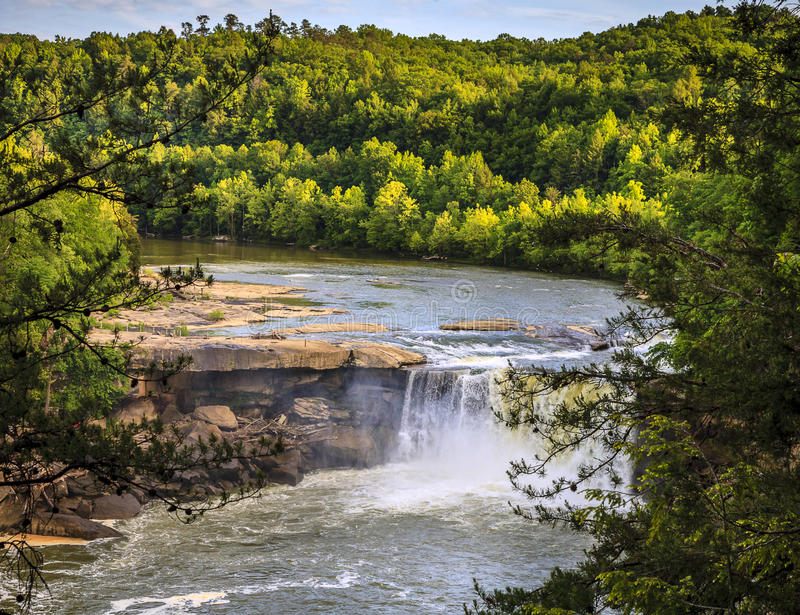 Download Cumberland falls stock image. Image of flow, serene, vibrant - 37988057