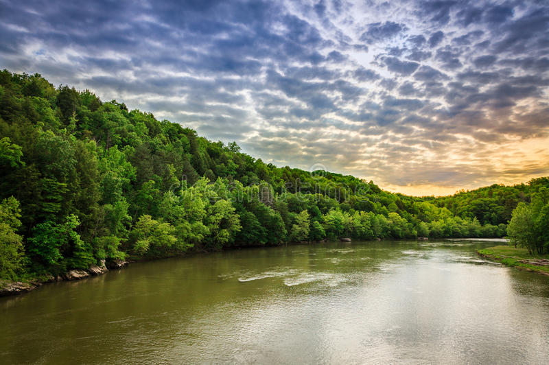 Download Cumberland River stock photo. Image of clouds, landscape - 31736926