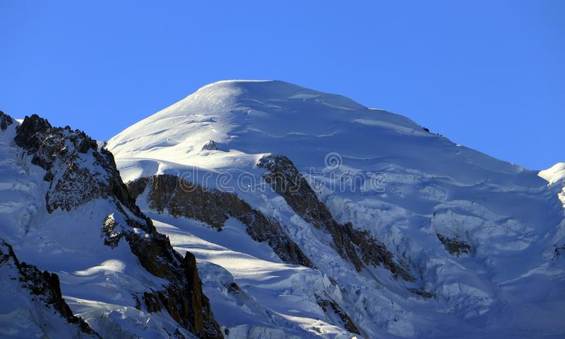 Cumbre de Mont Blanc 4.808 7 m/15.777 pies fotos de archivo libres de regalías