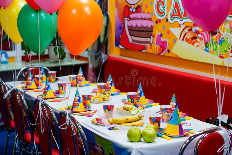 cumpleaños de los niños imagenes de archivo